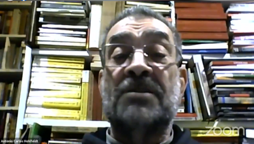 Antonio Hohlfeldt (PUCRS) abre o debate na Live